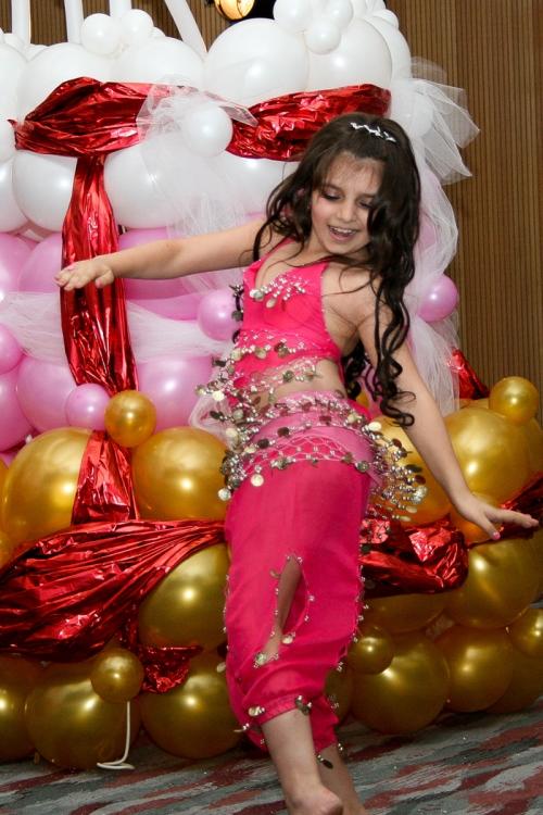 Вы просматриваете изображения у материала: Оле-Хаус 15 лет! Завершительный этап конкурса 'Королева танцует'